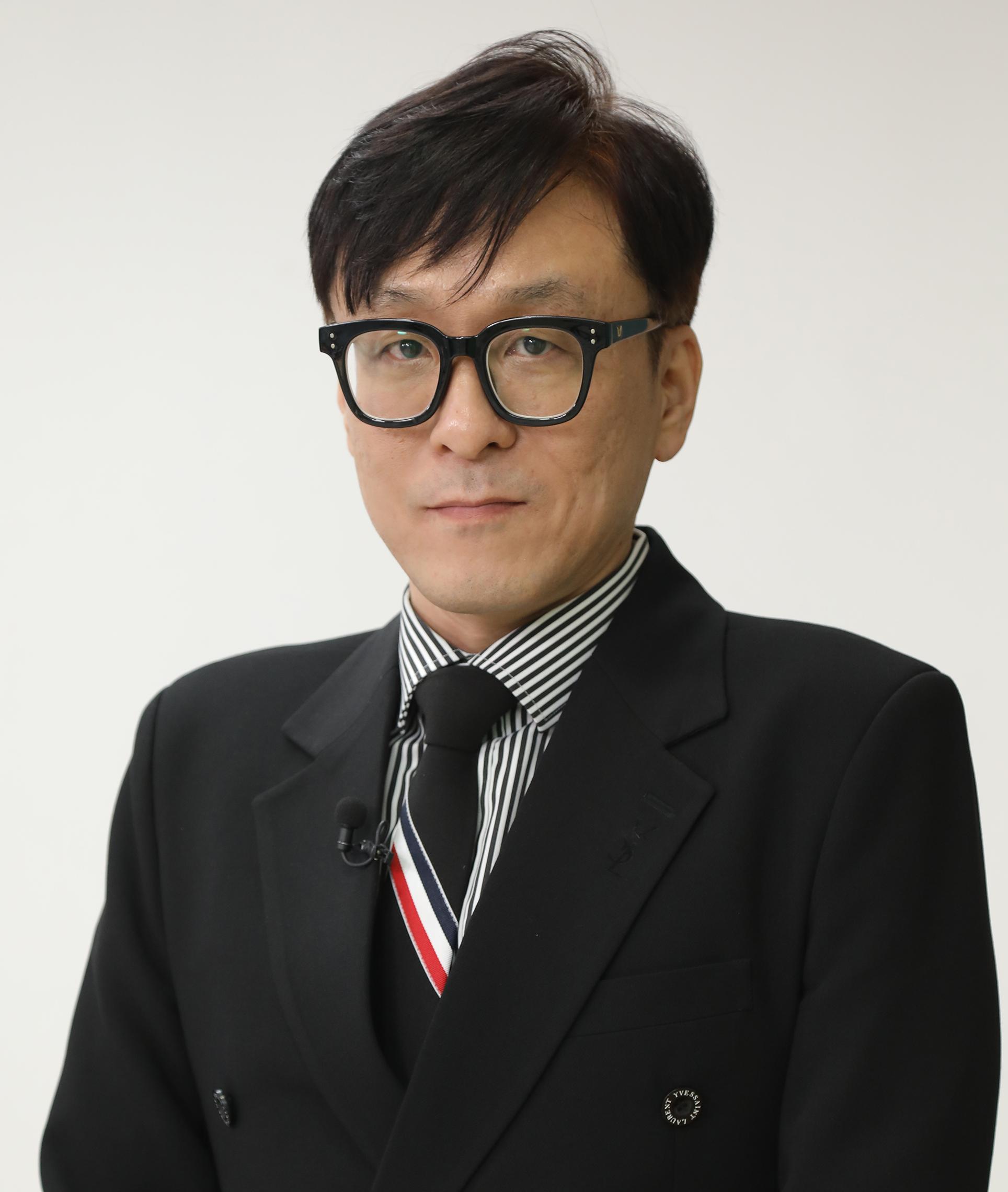 김용하 교수