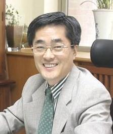 김영섭 교수님 사진
