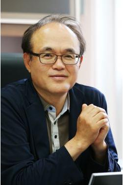 배두환 교수님 사진