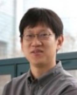 유신 교수